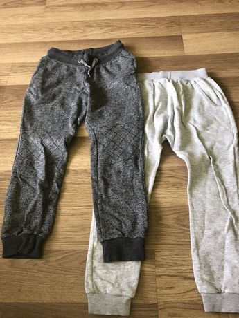 Spodnie dresowe rozm. 122
