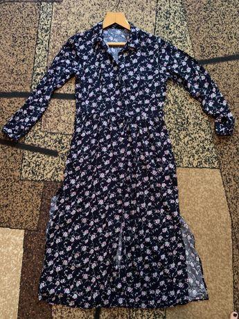 Платье Bershka макси(платье в пол) в цветочный принт