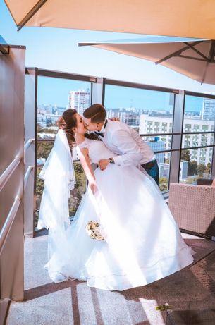 Свадебное платье ,платье вечернее,выпускное платье