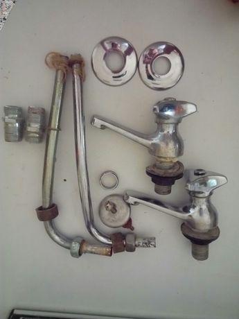 2 torneiras Zenite com as respectivas ligações+Misturadora de cozinha