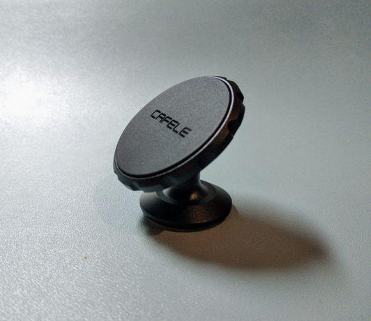 Универсальный магнитный держатель для телефона в авто