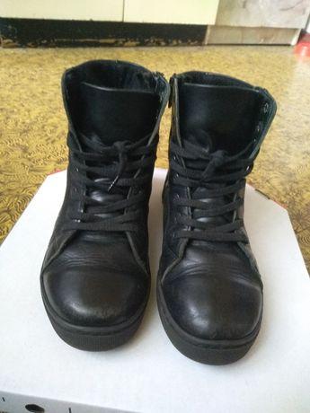 Демисезонные ботиночки 35 размер