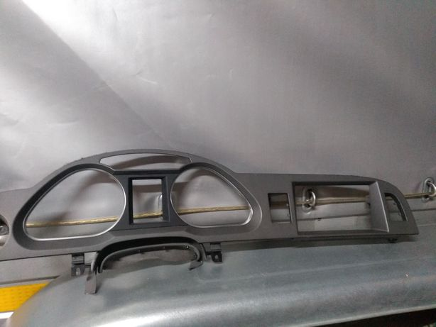 Ramka AUDI A6 C6 4F OBUDOWA licznika + ekran LCD mimi
