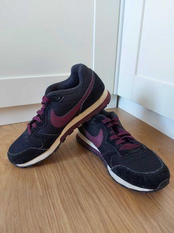 Ténis Nike pretos