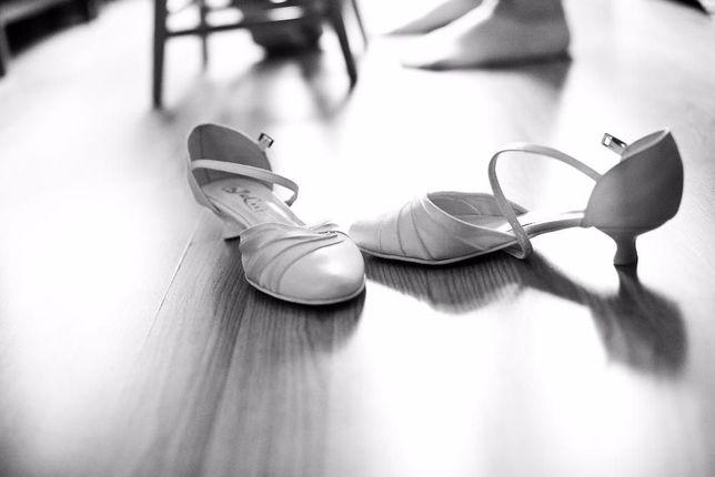 Buty ślubne r.38