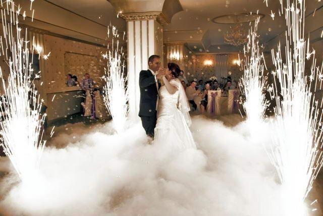 Тяжелый дым, важкий дим, холодные фонтаны, мыльные пузыри, диджей, dj