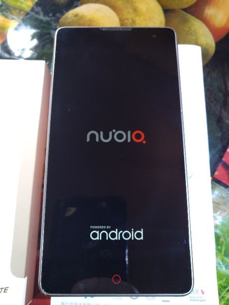 Мобильный телефон ZTE Nubia Z7 Max