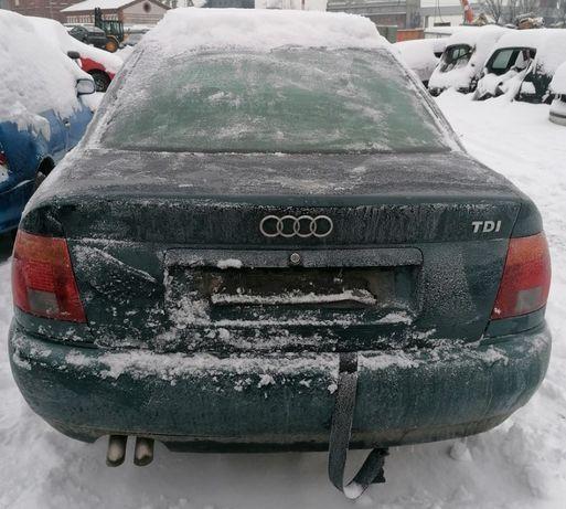 Audi A4 B5 , 1,9 błotnik, części FV transport/dostawa