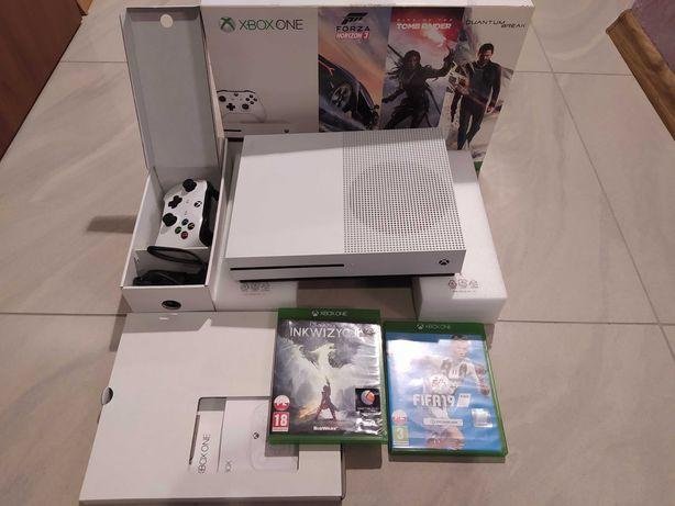 Xbox One S blueray, stan idealny jak nowa, komplet, pad, 2*gra, kabel