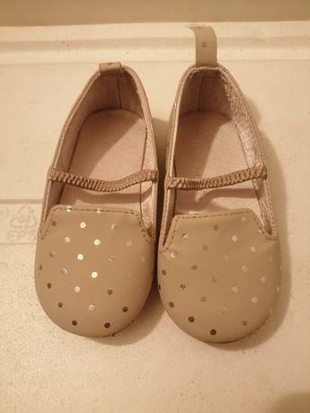Sapatos bebé H&M