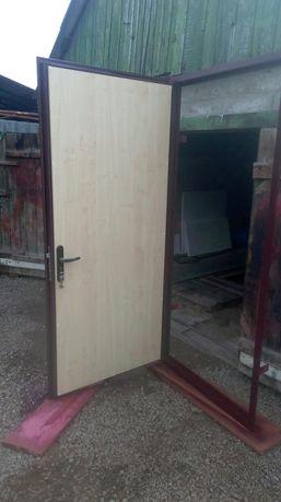 Изготовление металлических дверей от 8000 р. Доставка и установка