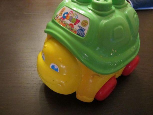 Vendo carrinho em forma de tartaruga com legos em borracha