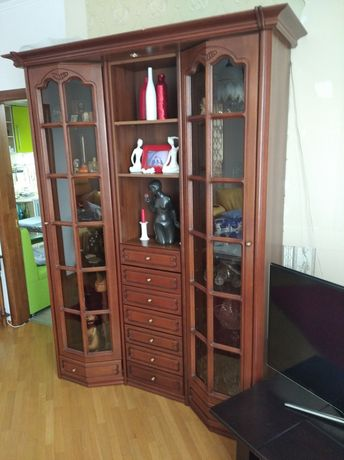 Сервант, витрина, мебель для гостинной, трюмо,