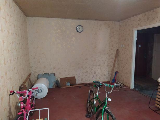 Продаж продається продам квартира в Нива Трудова Димитрове