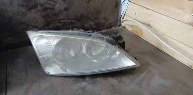 Prawa lampa ford mondeo MK3