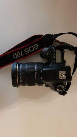 Canon 70 D+sigma 17-50mm Bardzo niski przebieg