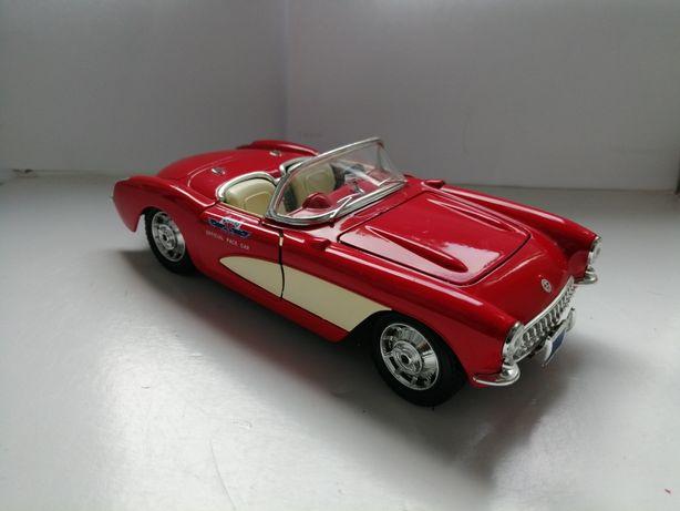 Model samochodu w skali 1:24 Bburago Burago Chevrolet Corvette 1957