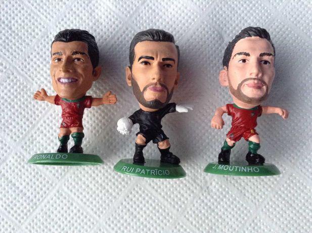 Figura Cristiano Ronaldo - Futebol FPF - PVC - 6 bonecos de Portugal