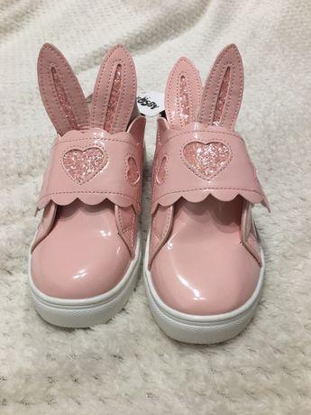 Новые лаковые ботиночки Cosby р.34 очень крутые