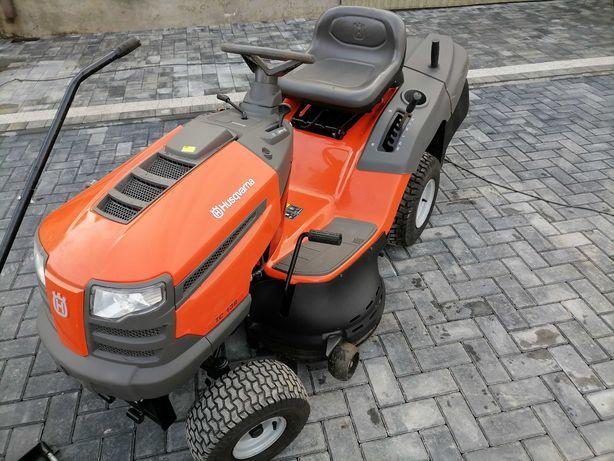 Mało używany traktorek kosiarka HUSQVARNA 2016r briggs hydro pług