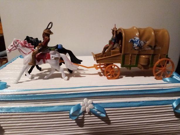 Konie z powozem zapraszam