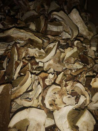 Suszone grzyby borowiki prawdziwki