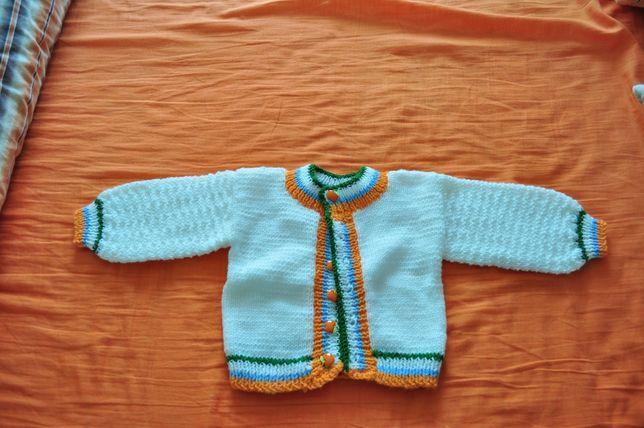 Sweterek robiony na drutach (80cm)