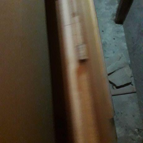 Drzwi do pokoju z szyba