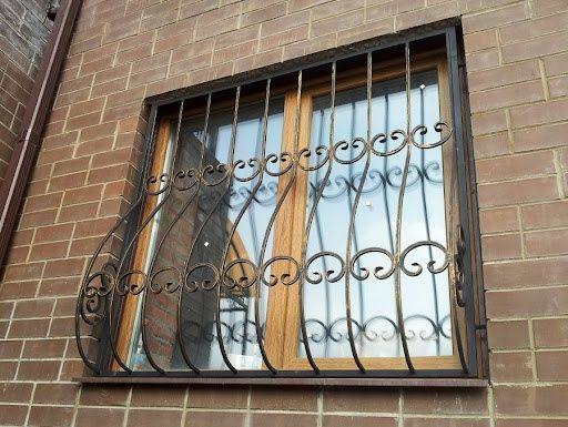 Решетки на окна металлические перила ограждения для балконов под заказ