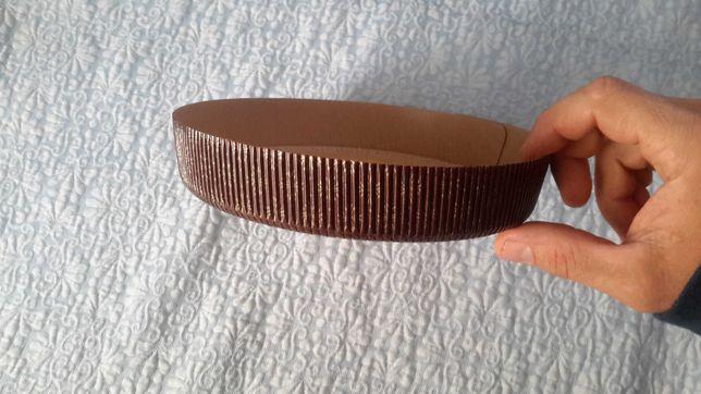 Бумажная форма для выпечки