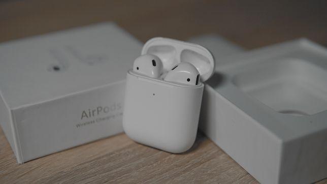 Apple Airpods 2  витринный вариант