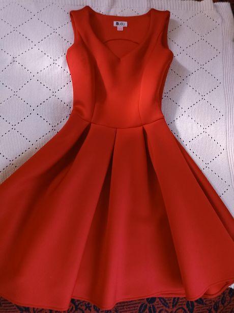 Sukienki rozmiar S i XS
