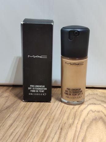 MAC pro longwear spf 10 foundation nc40