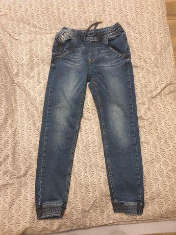Spodnie dżinsowe rozm. 146 RESERVED