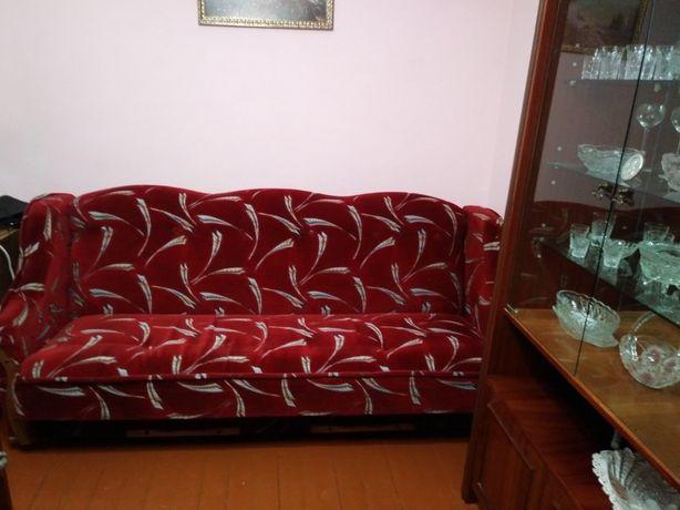 Диван та крісла