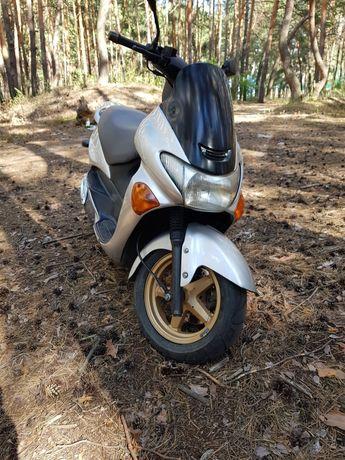 Suzuki Avenis,Epicuro 150