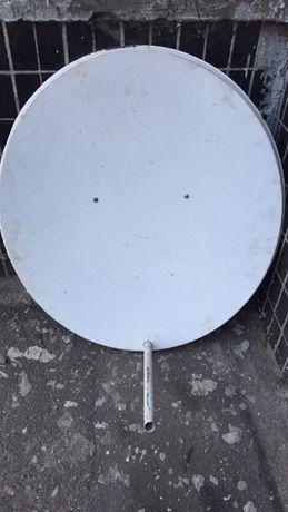 Спутниковая тарелка + головками 4 шт.+ тюнер