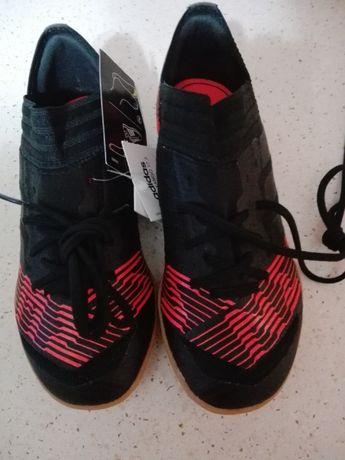 Buty Adidas nr 33