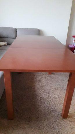 Stół w b. dobrym stanie