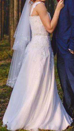 Lekka i zwiewna suknia ślubna muślin koronka