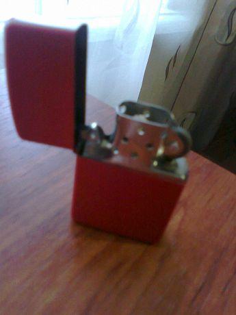 Американская зажигалка ZIPPO Cherry