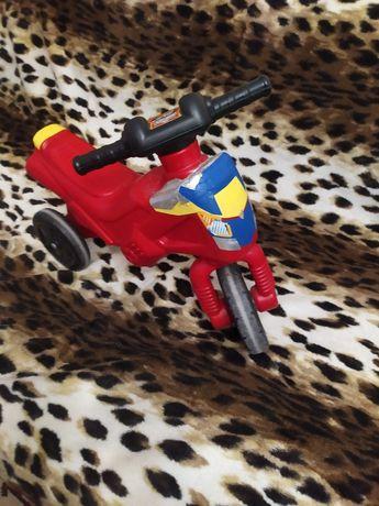 Мотоцикл для детей от годика