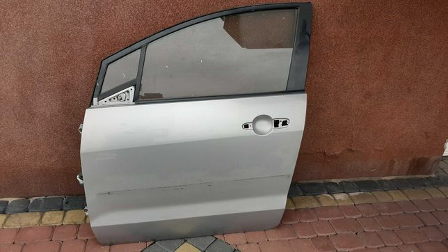 Mazda 5 drzwi lp przód