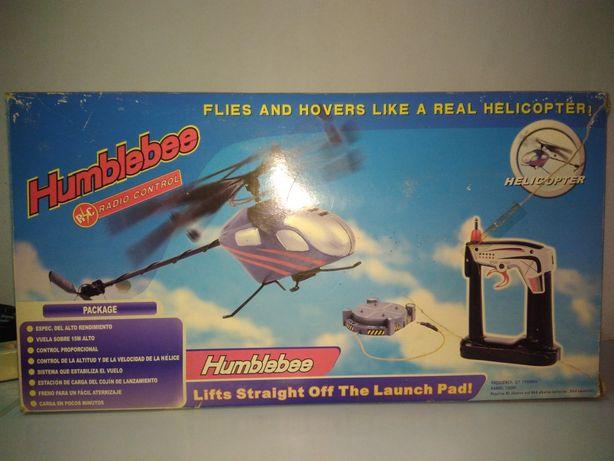 Helicóptero telecomandado