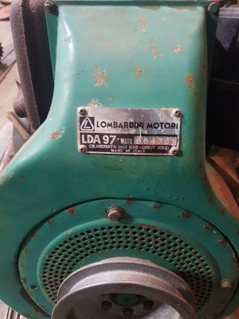 Trator 18 cv com freza 80 cm