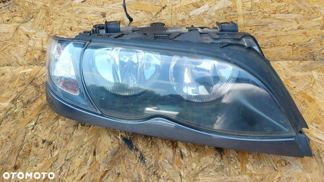REFLEKTOR LAMPA PRAWA PRAWY PRZÓD BMW E46 LIFT
