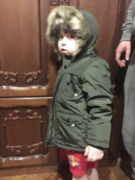 класна курточка парка для хлопчика