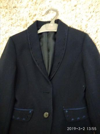 Школьная одежда. Пиджак для девочки.