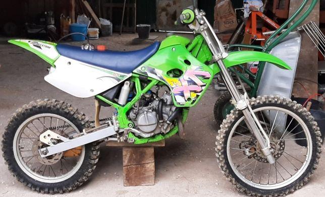 Moto cross Kawasaki 80cc impecável