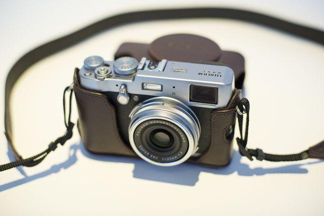 Fujifilm Fuji X 100T + Capa